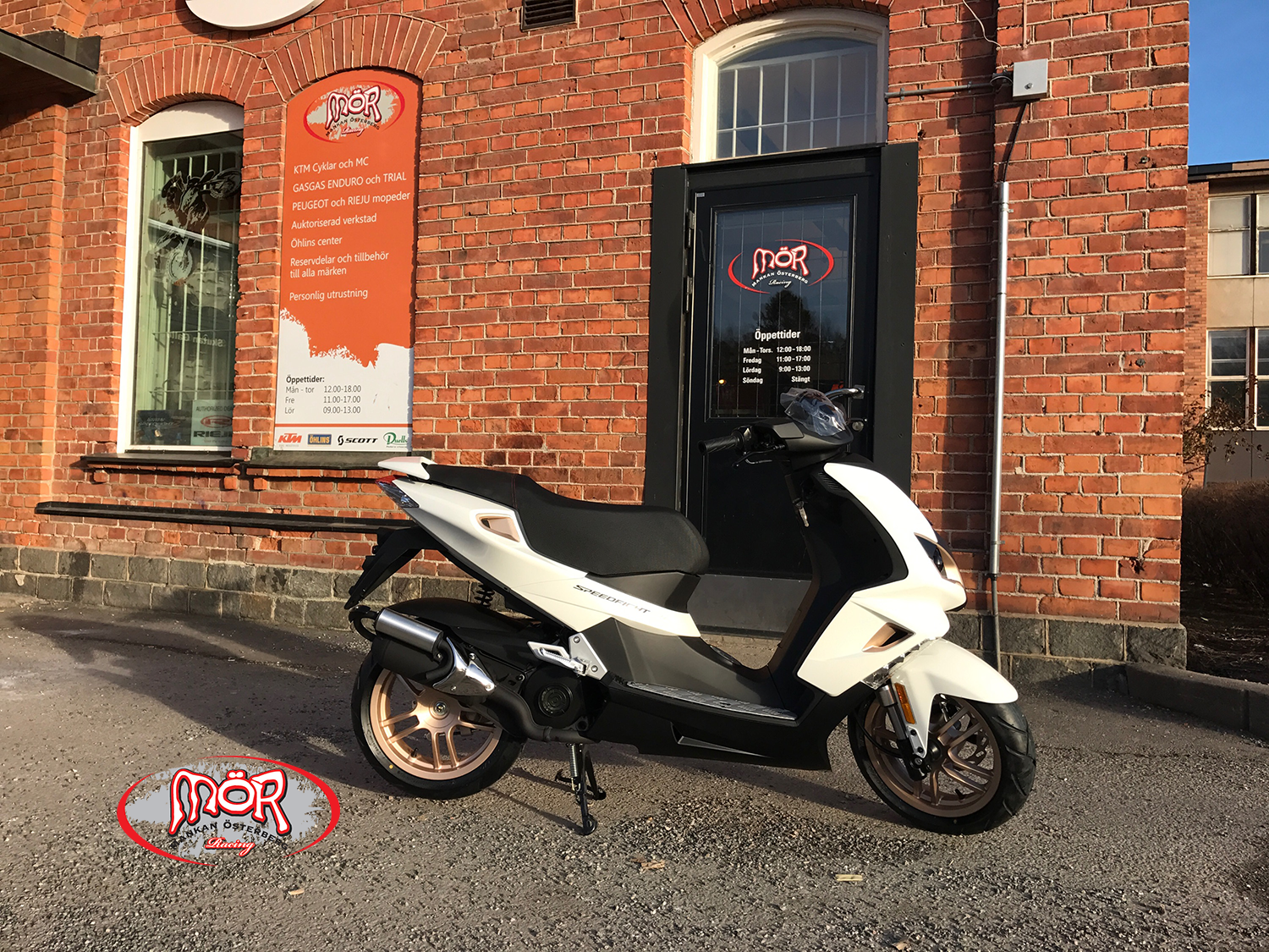 Peugeot Speedfight 4 pure white-gold